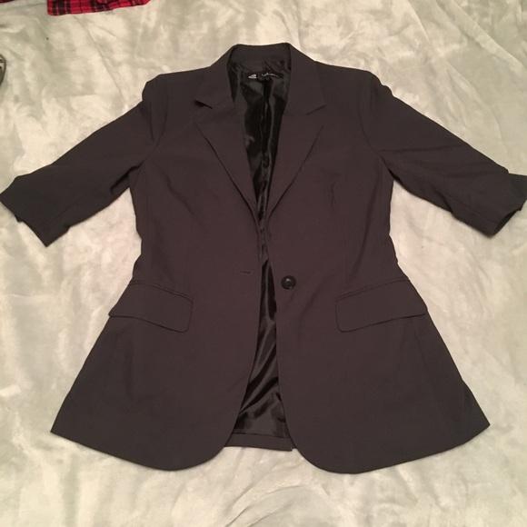 SOLD Size small 1/2 sleeve blazer